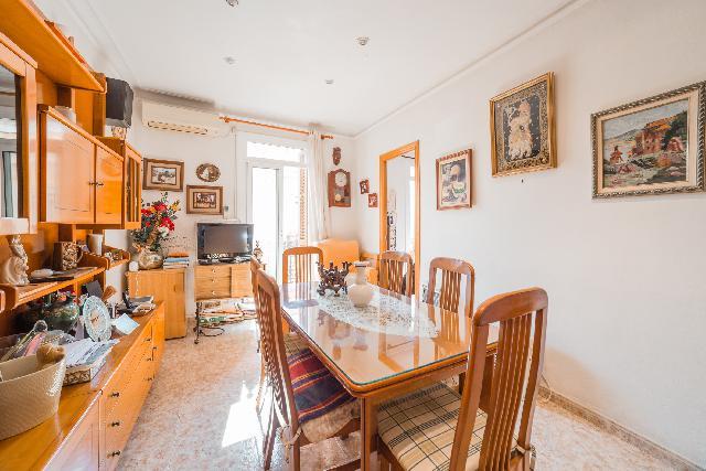 Imagen 1 Inmueble 250299 - Piso en venta en Barcelona / Jto. Manzanares
