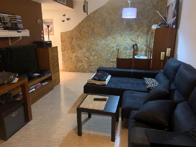 Imagen 1 Inmueble 243408 - Piso en venta en Barberà Del Vallès / A pocos metros del colegio Can Serra