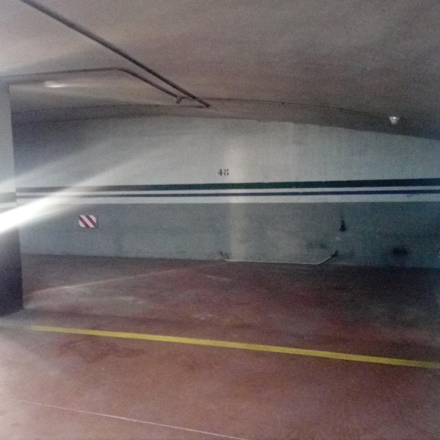 216869 - Centro de Esplugues