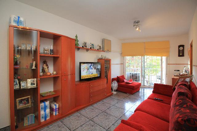 Imagen 1 Inmueble 221695 - Piso en venta en Esplugues De Llobregat / Jto. Plaza Sardana