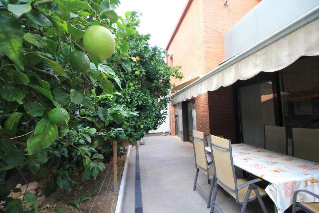 Imagen 1 Inmueble 231354 - Casa Aislada en venta en Vallirana / Urbanizacion. Les Solanes