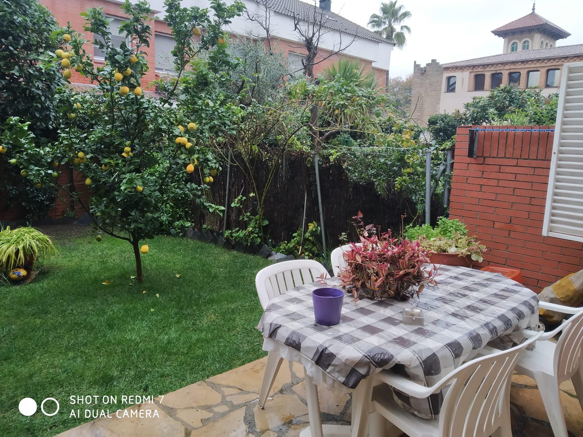 Imagen 1 Casa en venta en Sant Joan Despí / Centro,cerca del Ayuntamiento de Sant Joan Despi