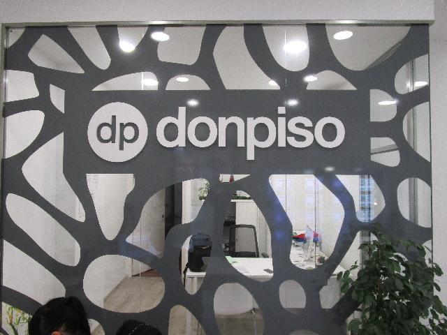 Imagen 1 Inmueble 239587 - Local Comercial en venta en Esplugues De Llobregat / Junto ayuntamiento