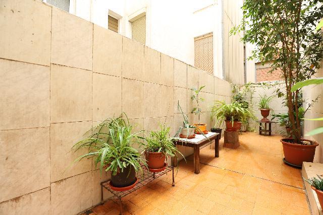Imagen 1 Inmueble 240973 - Piso en venta en Esplugues De Llobregat / Junto plaza Catalunya e instituto Severo Ochoa