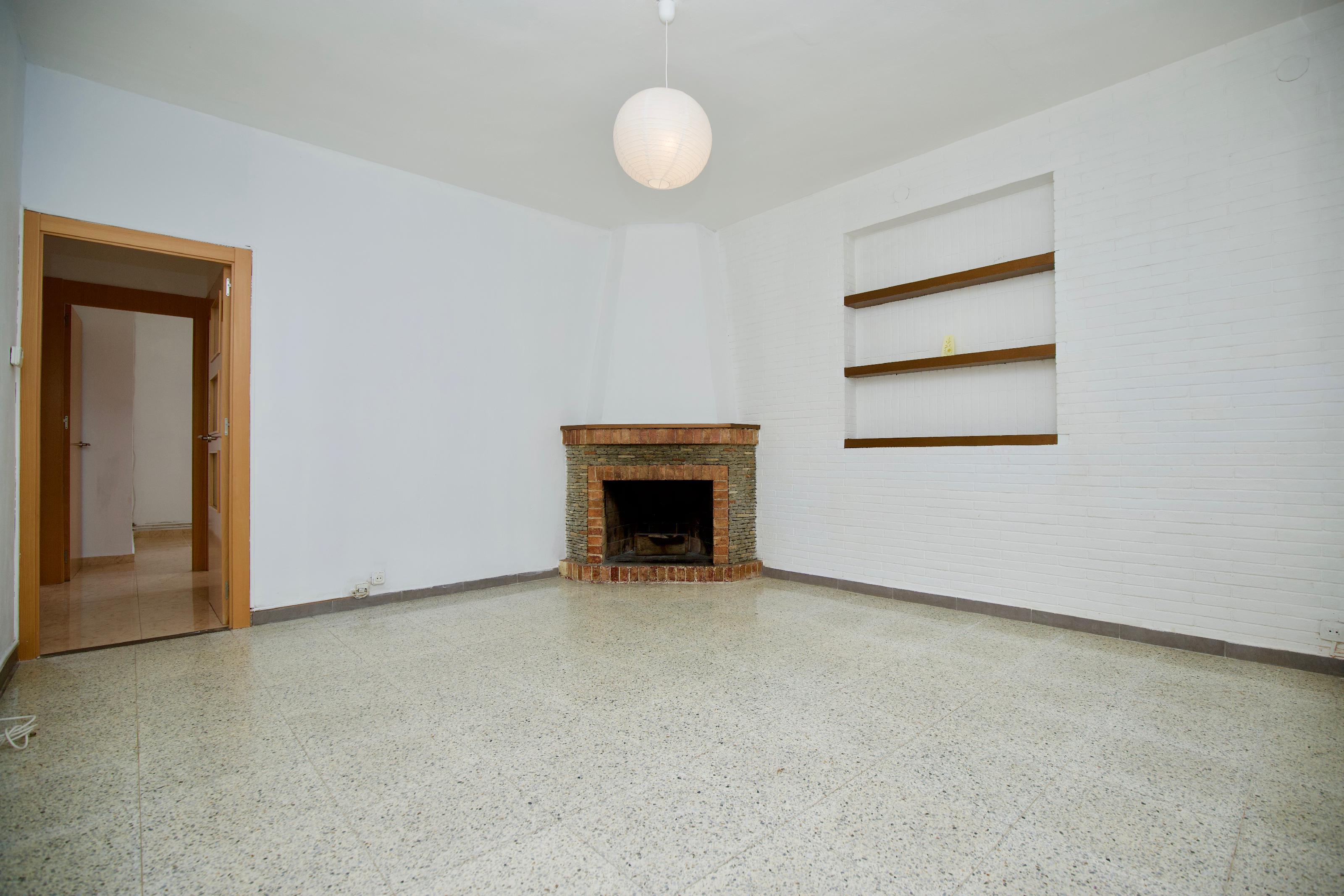 Imagen 2 Piso en alquiler en Esplugues De Llobregat / Cerca colegio Americano
