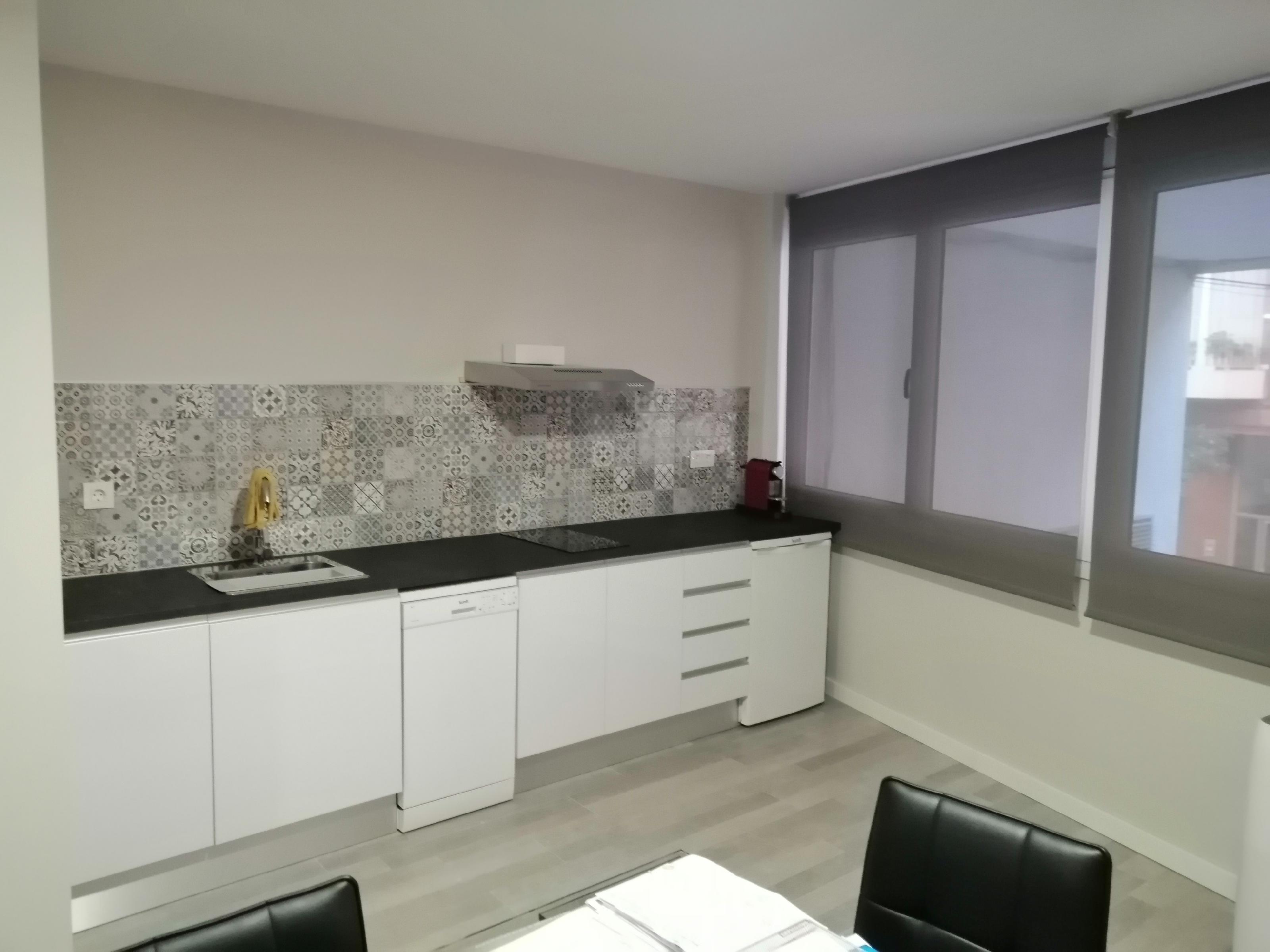 Imagen 2 Oficina Comercial en alquiler en Esplugues De Llobregat / Can Clota junto Anselmo Clave