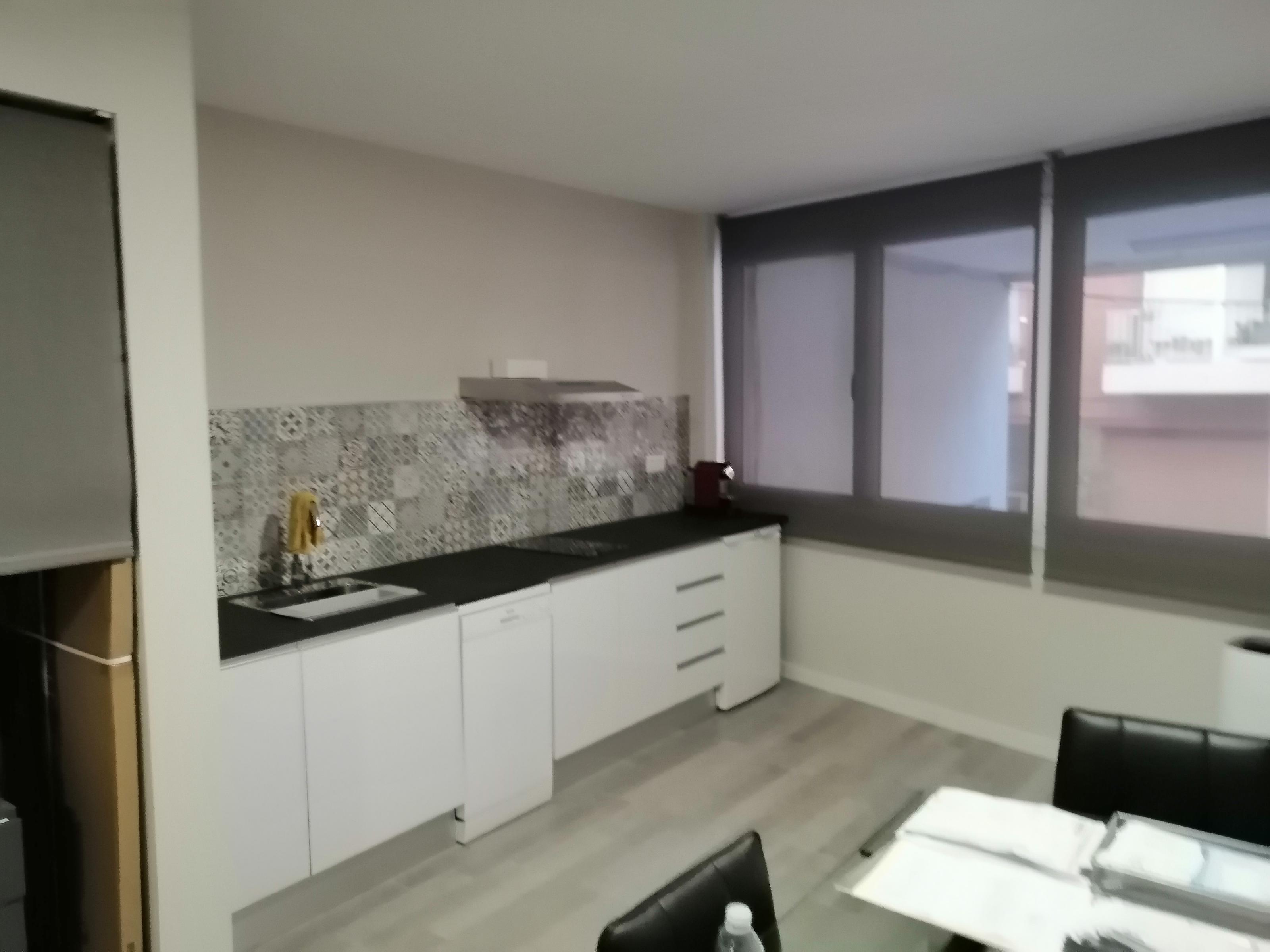 Imagen 4 Oficina Comercial en alquiler en Esplugues De Llobregat / Can Clota junto Anselmo Clave