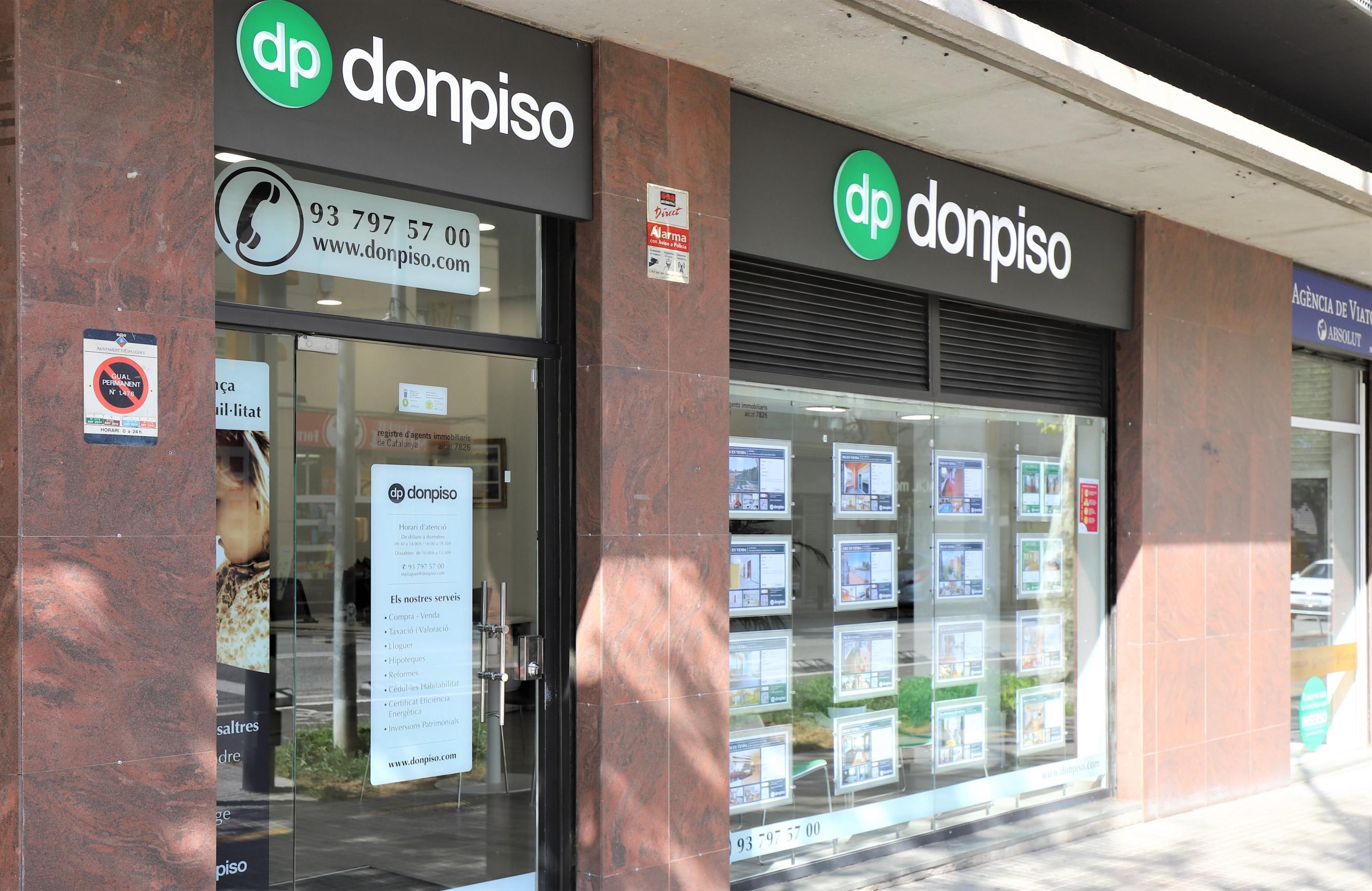 Imagen 4 Solar Industrial en venta en Corbera De Llobregat / Cerca carrer de la Servera
