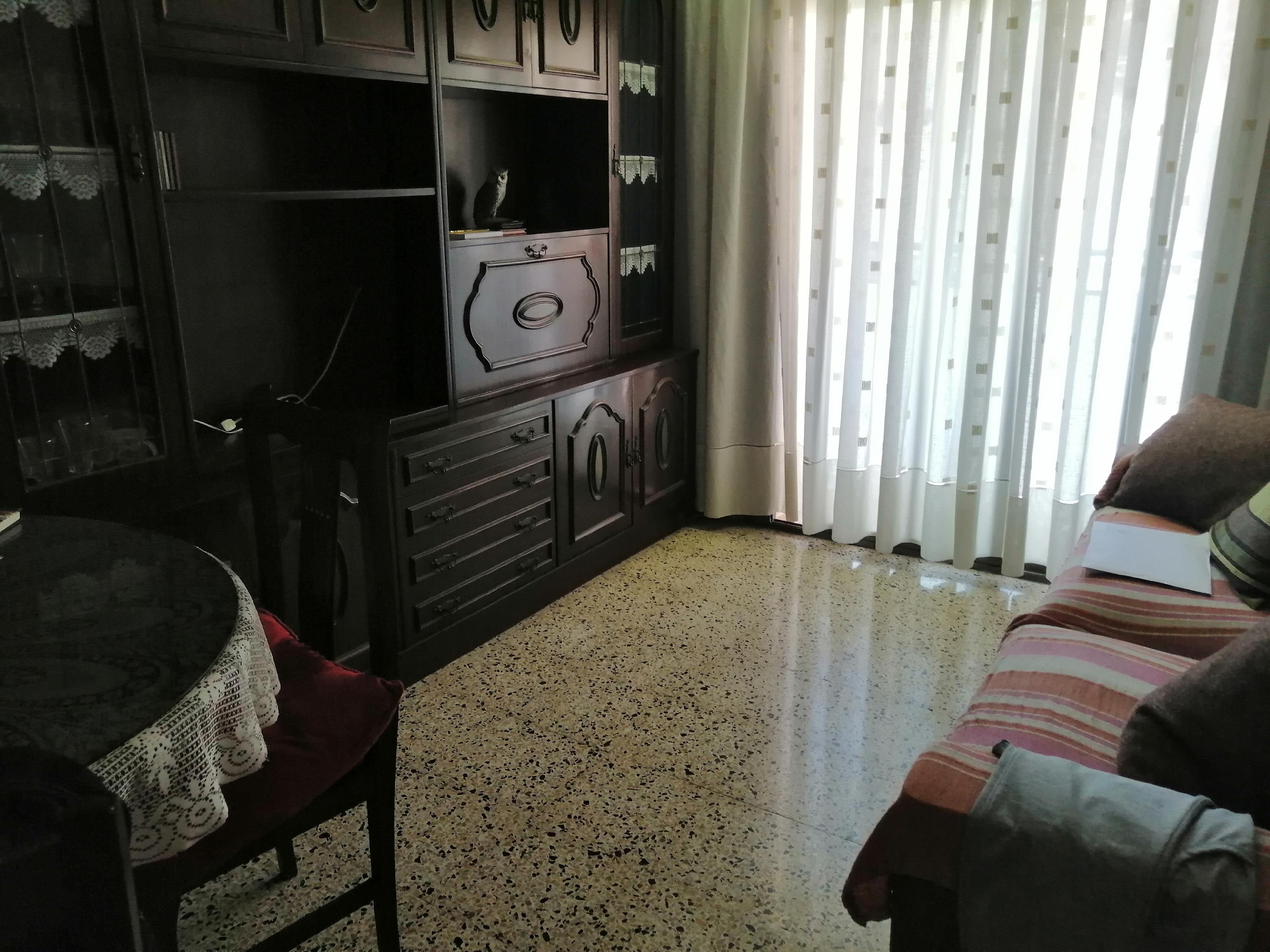 Imagen 2 Piso en venta en Esplugues De Llobregat / Can clota cerca del Mercadona
