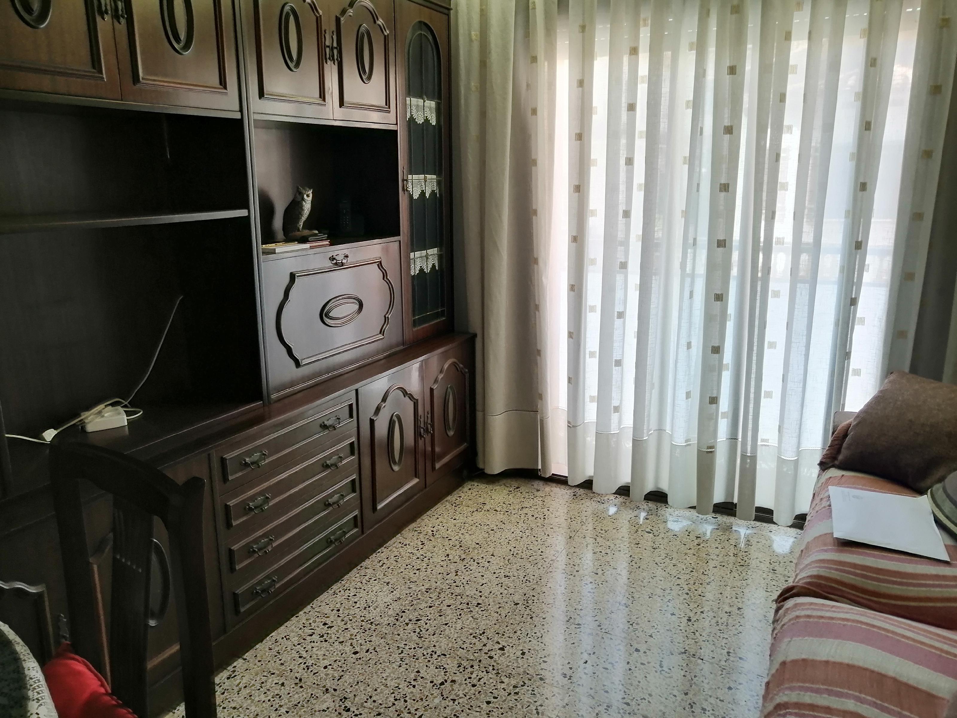 Imagen 4 Piso en venta en Esplugues De Llobregat / Can clota cerca del Mercadona