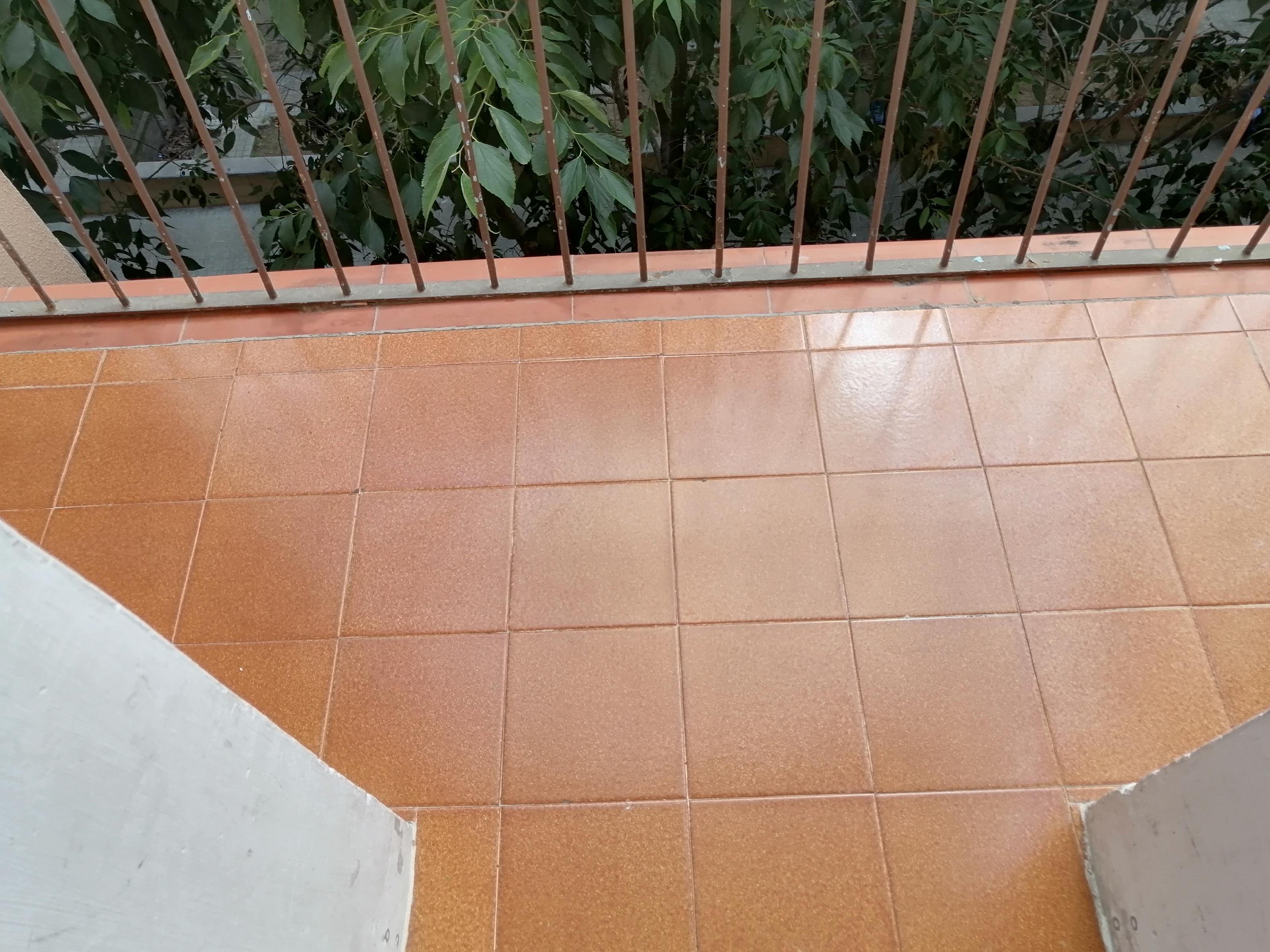 Imagen 3 Piso en venta en Hospitalet De Llobregat L´ / Junto parada metro La Florida