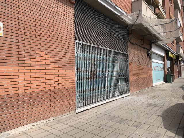 Imagen 1 Inmueble 251477 - Local Comercial en alquiler en Sant Just Desvern / Cerca de tienda Hiperasia