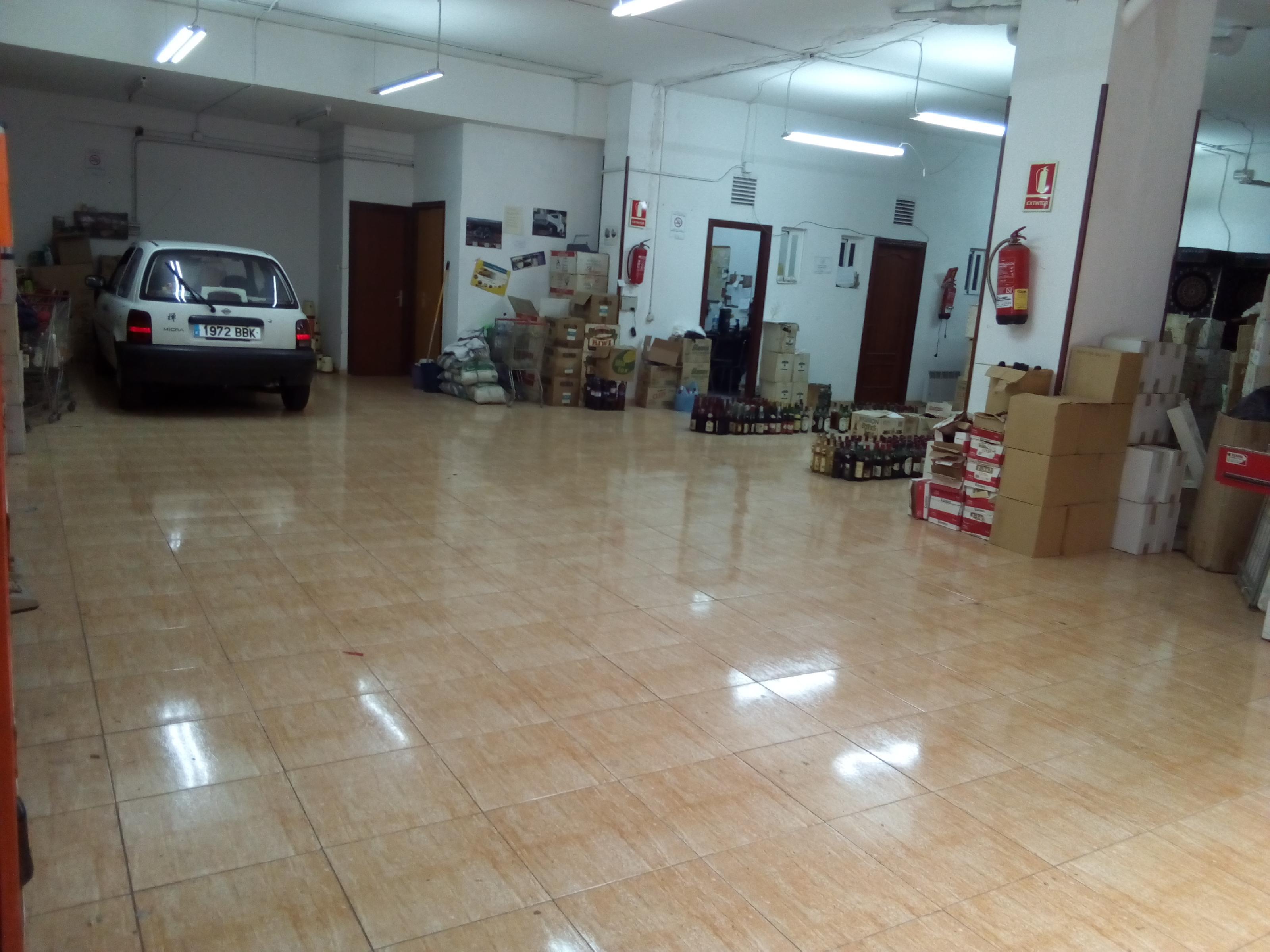 Imagen 4 Local Comercial en venta en Sant Adrià De Besòs / Frente al Caprabo, a 100 mts  ayuntamien...
