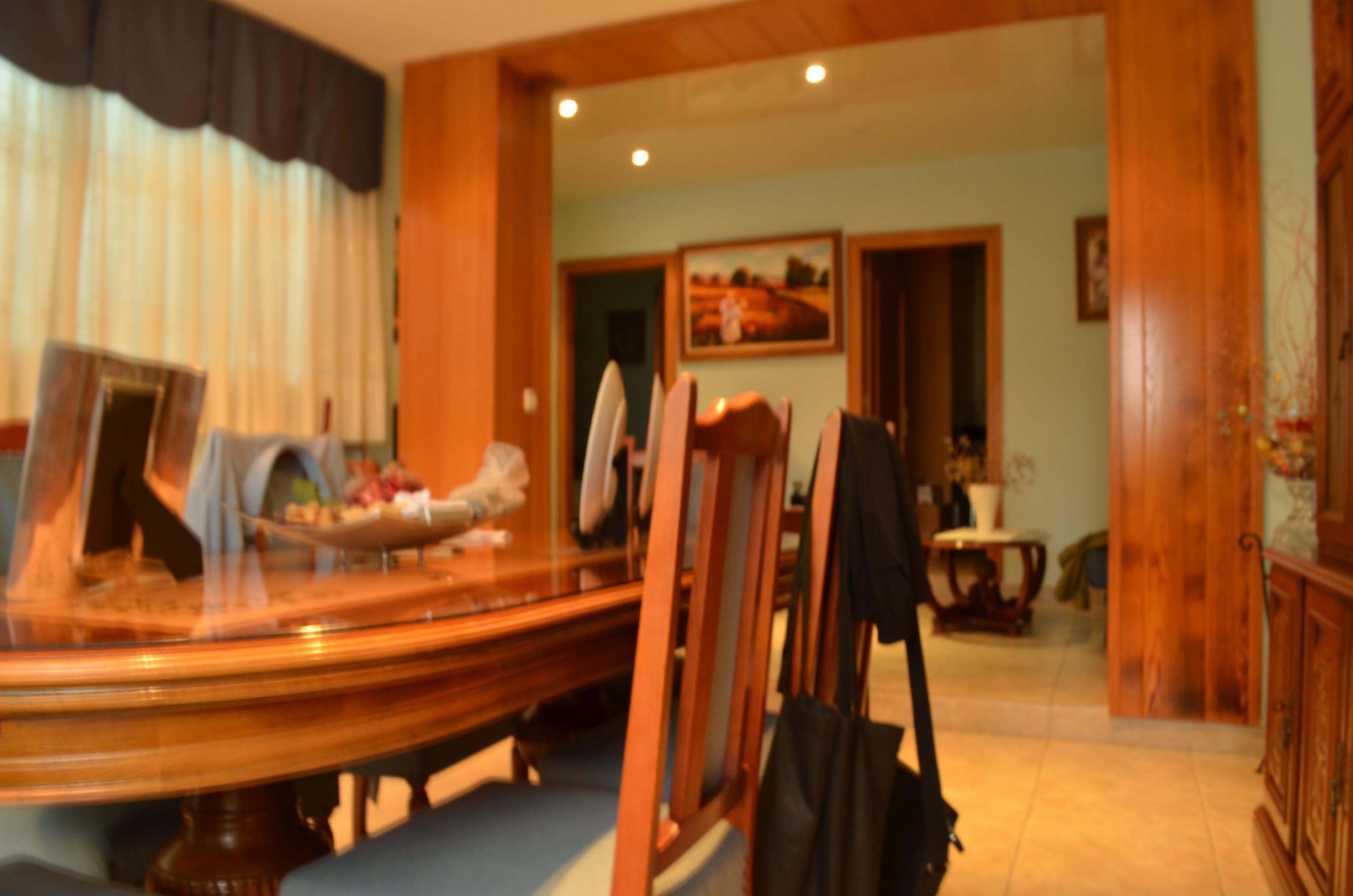 Imagen 2 Casa en venta en Santa Coloma De Gramenet / A 2 minutos del metro L9