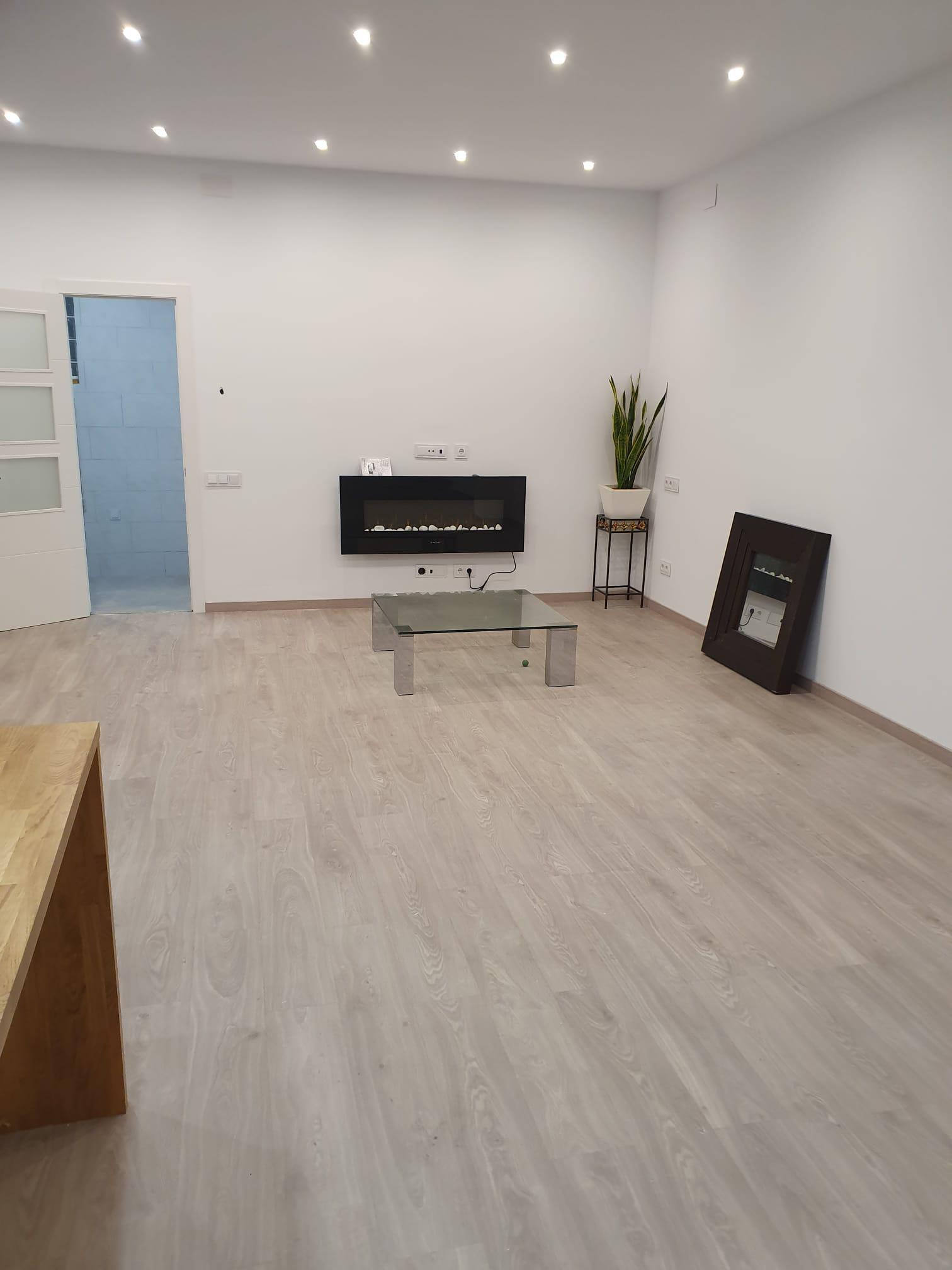 Imagen 2 Casa en venta en Sant Adrià De Besòs / A dos minutos de la L2  Artigues/St. Adrià