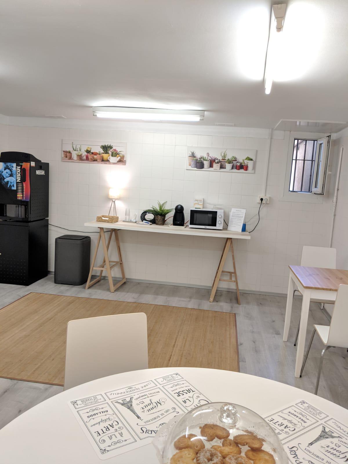 Imagen 4 Oficina Comercial en alquiler en Badalona / A cien metros del ayuntamiento de Badalona