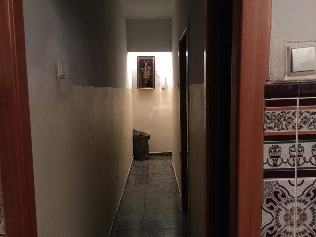 Imagen 2 Piso en venta en Badalona / A un minuto del metro de Llefià