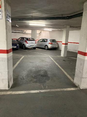Imagen 1 Inmueble 229224 - Parking Coche en venta en Badalona / Tocando Av. Bufalà