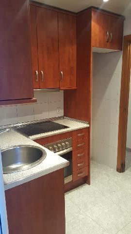 Imagen 1 Inmueble 236214 - Piso en venta en Badalona / A cinco minutos del metro de Fondo.