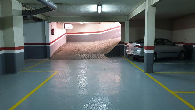Imagen 1 Inmueble 240056 - Parking Coche en venta en Badalona / Al lado de president Companys, acceso directo C-31