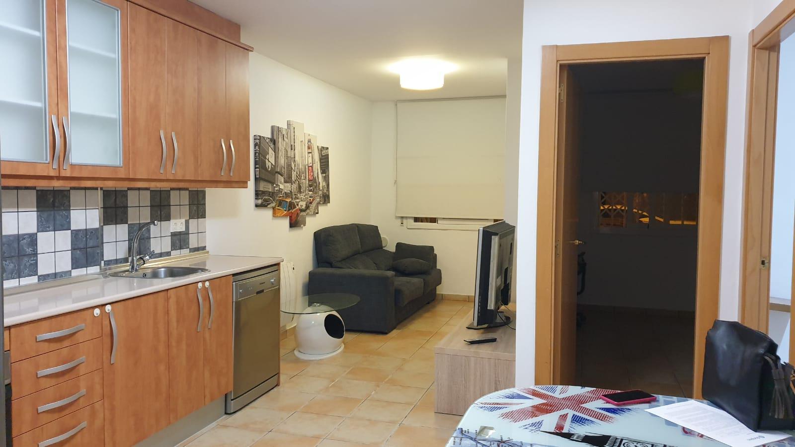 Imagen 3 Piso en venta en Badalona / A cinco minutos del acceso B20, C32.