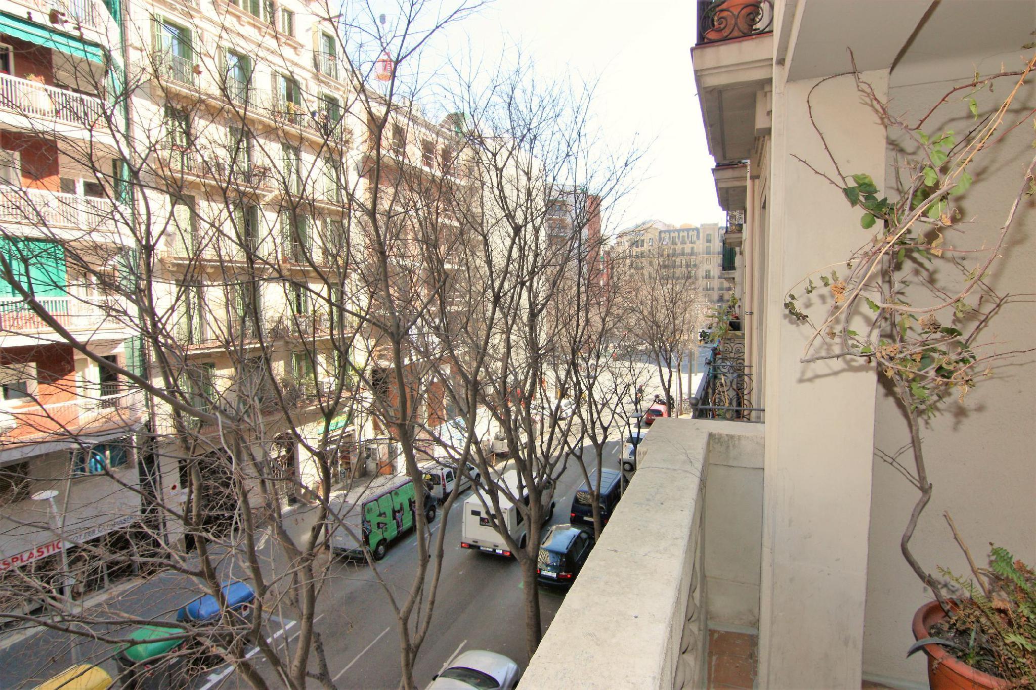 225802 - Avenida Paral.lel / Calle Tamarit