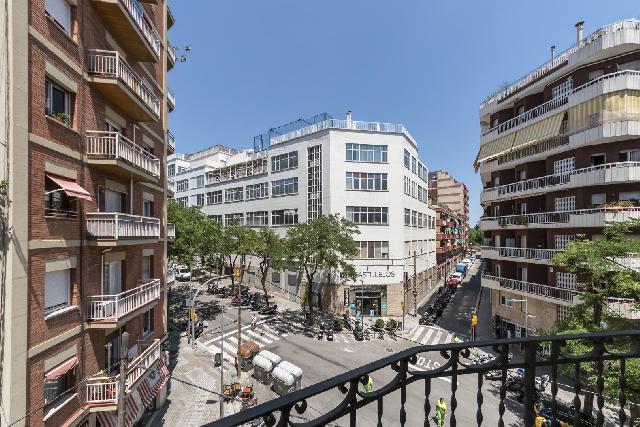Imagen 1 Inmueble 241352 - Piso en venta en Barcelona / Junto recinto Modernista St. Pau