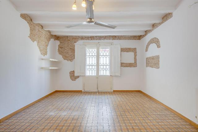Imagen 1 Inmueble 249268 - Piso en venta en Barcelona / Calle Hospital junto Rambla del Raval