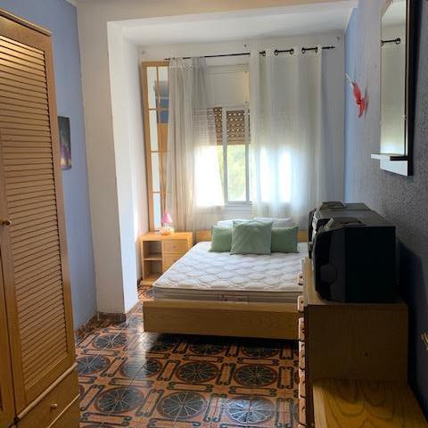 Imagen 4 Piso en venta en Hospitalet De Llobregat L´ / Piso bien situado, exterior y con buenas v...