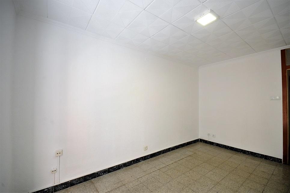 Imagen 3 Piso en venta en Hospitalet De Llobregat (L´) / Junto al Parque de los Pajaritos.