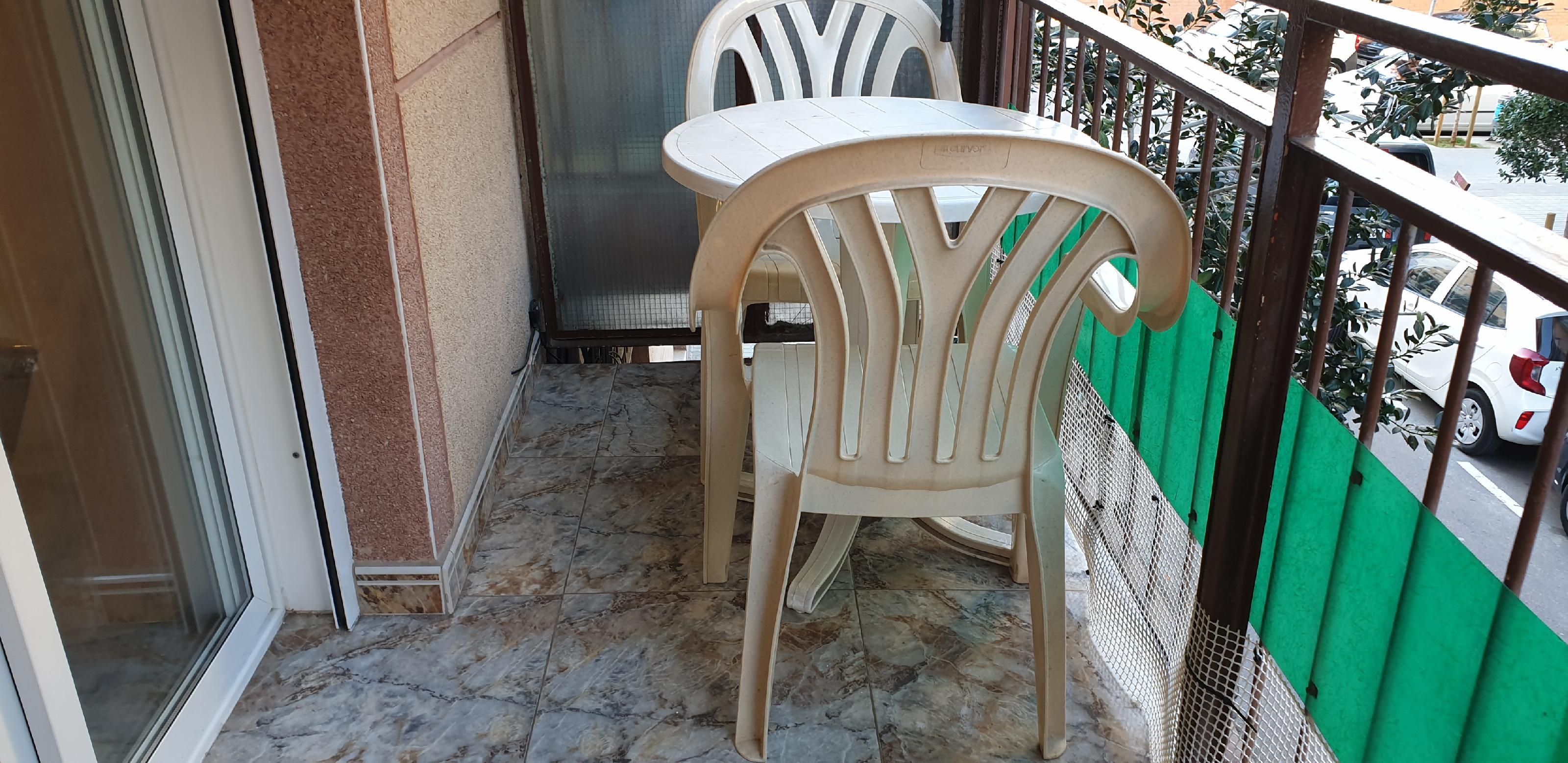 Imagen 4 Piso en venta en Hospitalet De Llobregat L´ / Junto metro L-5 Pubilla Casas