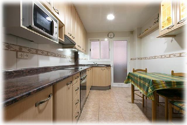 Imagen 1 Inmueble 244171 - Piso en venta en Hospitalet De Llobregat (L´) / Junto metro L-1 Can Serra