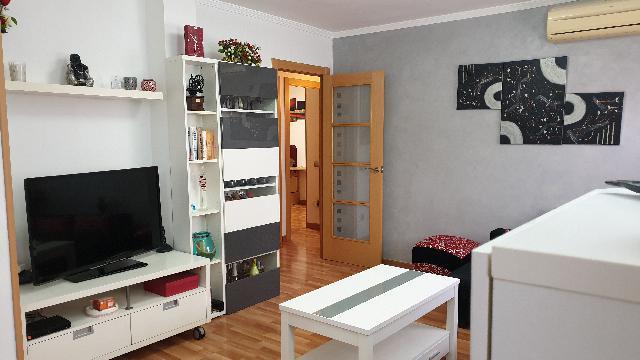 Imagen 1 Inmueble 246130 - Piso en venta en Hospitalet De Llobregat (L´) / Junto metro L-1 Can Serra