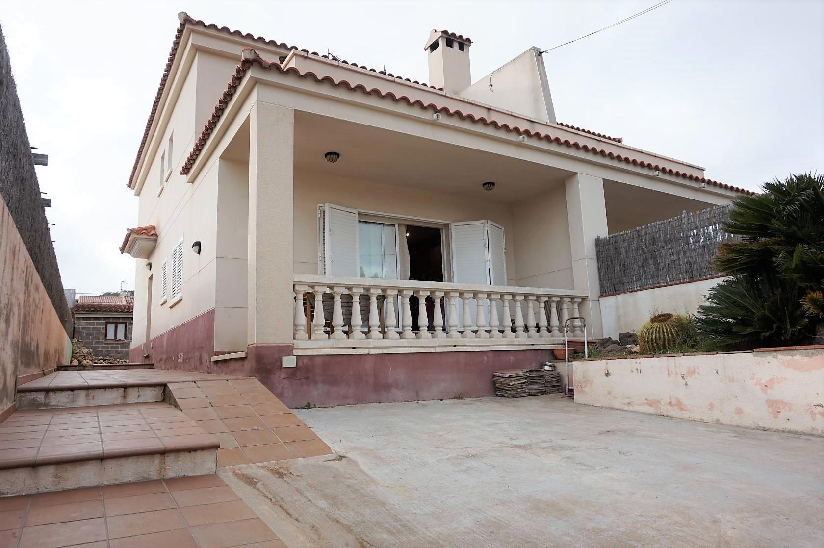 203564 - Instituto La Talaia y el Cap de Segur de Calafell