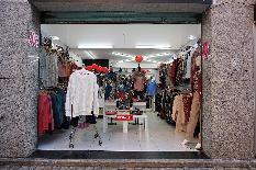 204335 - Local Comercial en venta en Calafell / Pleno centro de la calle Vilamar