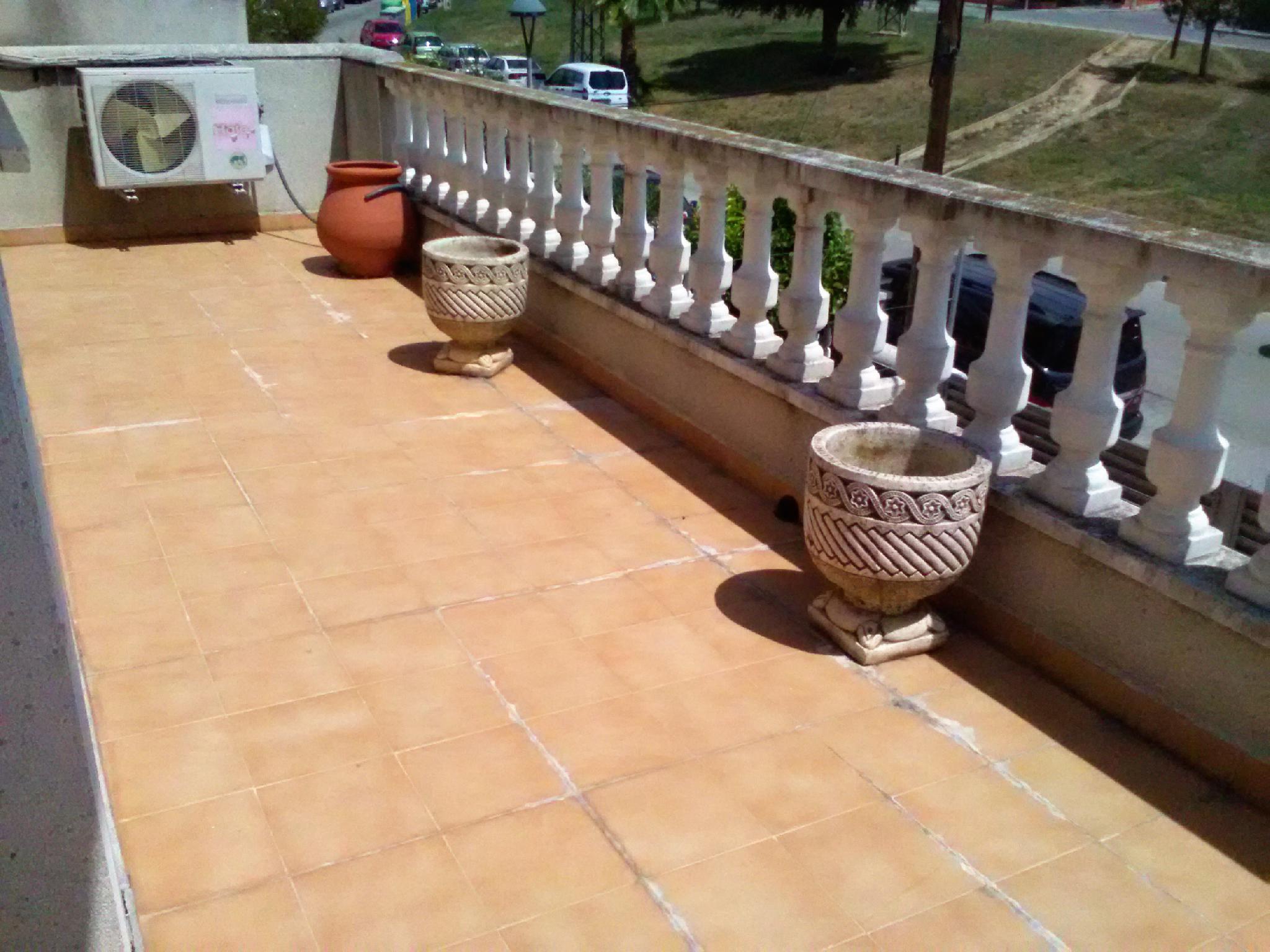 208098 - Cerca de la Residencia Novallar, Cunit.