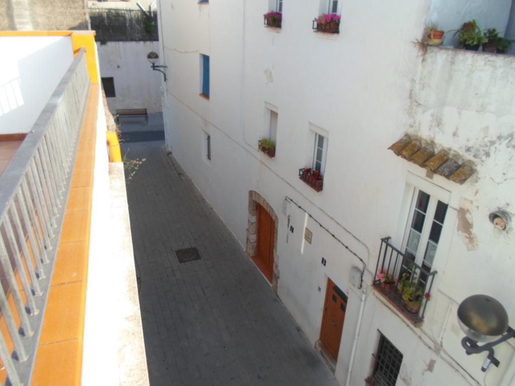 229094 - Casa en el centro del pueblo en Cubelles iglesia