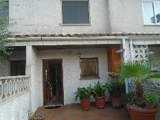 230039 - Casa Pareada en venta en Cunit / Urbanización Valparaiso, Cunit