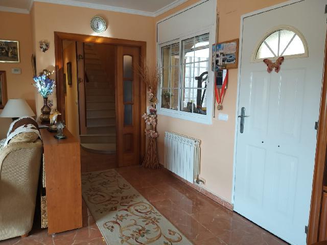 Imagen 1 Inmueble 236819 - Casa en venta en Montmell (El) / Urbanización Pinedes Altes.