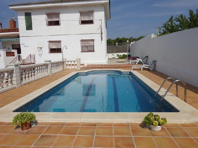 Imagen 1 Inmueble 242783 - Casa en venta en Bellvei / Urbanización Baronia