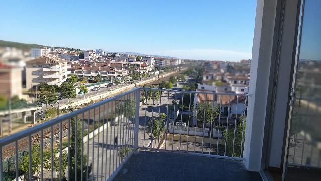 Imagen 1 Inmueble 245006 - Piso en venta en Calafell / Edificio Africa