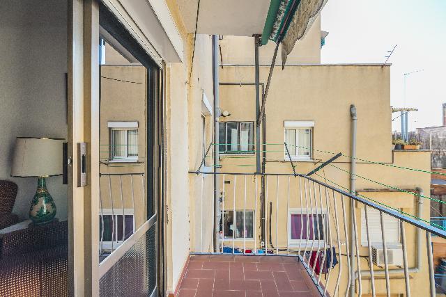 Imagen 1 Inmueble 222379 - Piso en venta en Barcelona / Junto Nou de Porta