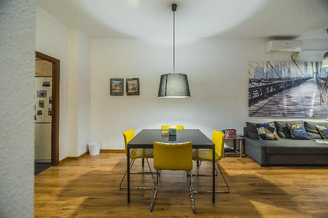 Imagen 1 Inmueble 225081 - Piso en venta en Barcelona / Junto Plaza Villa de Madrid