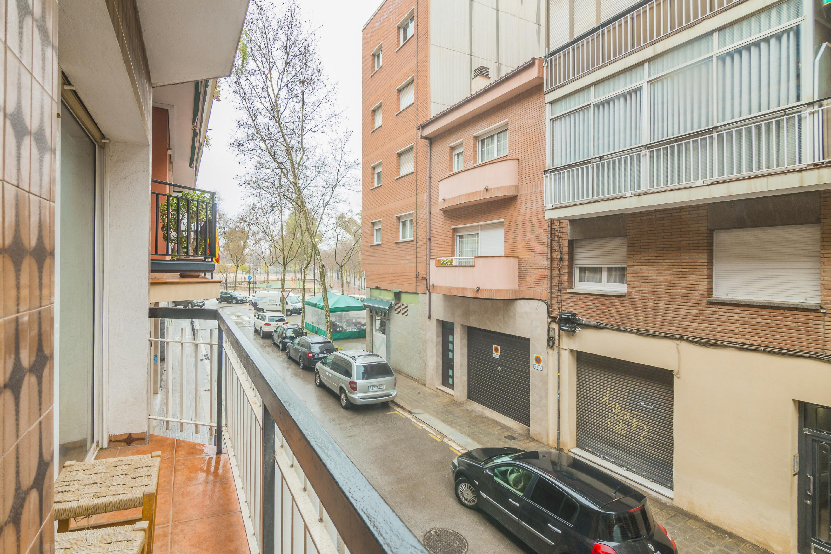 Imagen 2 Piso en venta en Barcelona / Junto Passeig Fabra i Puig