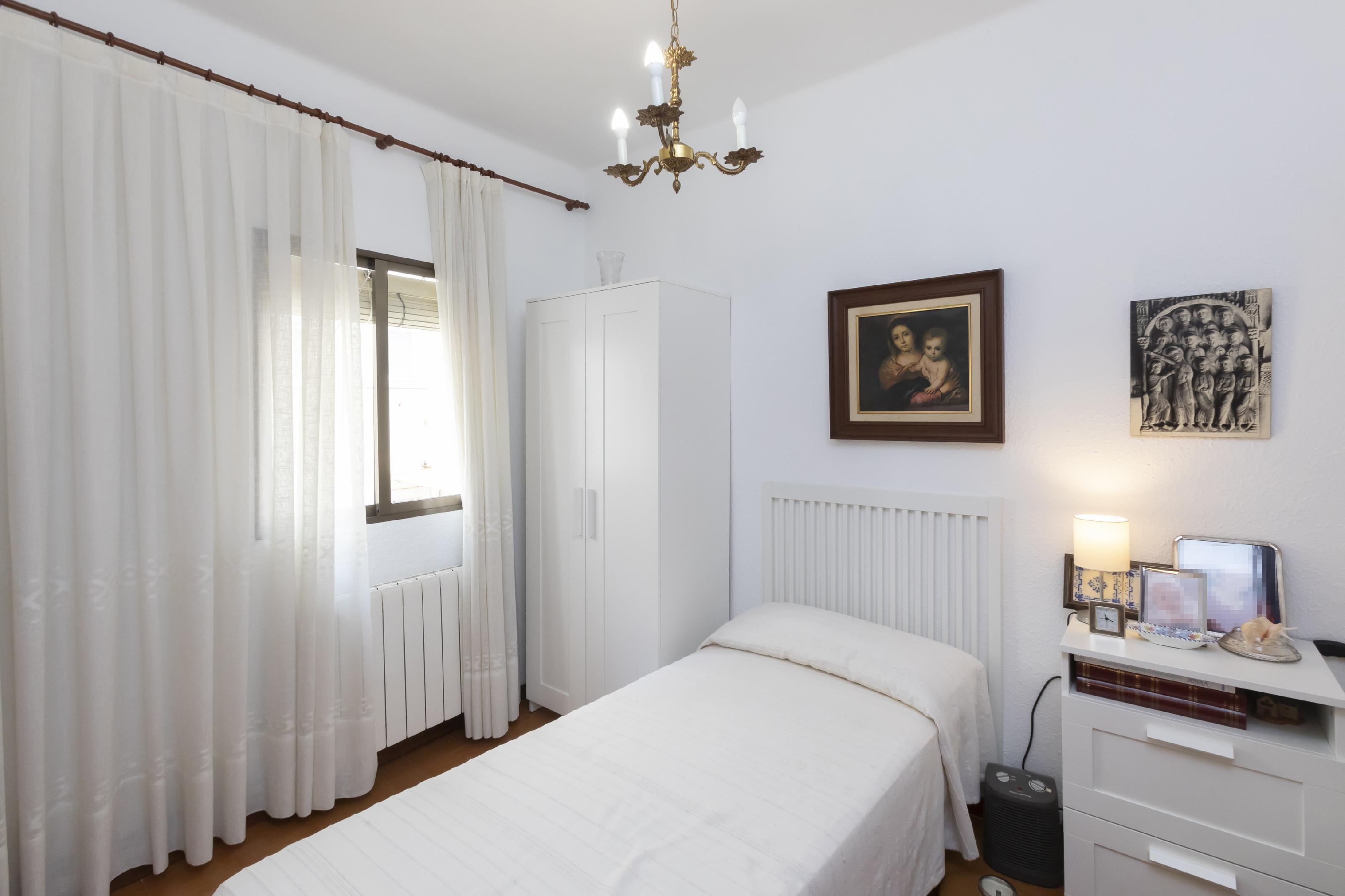 Imagen 2 Piso en venta en Barcelona / Alella - Passeig Fabra i Puig