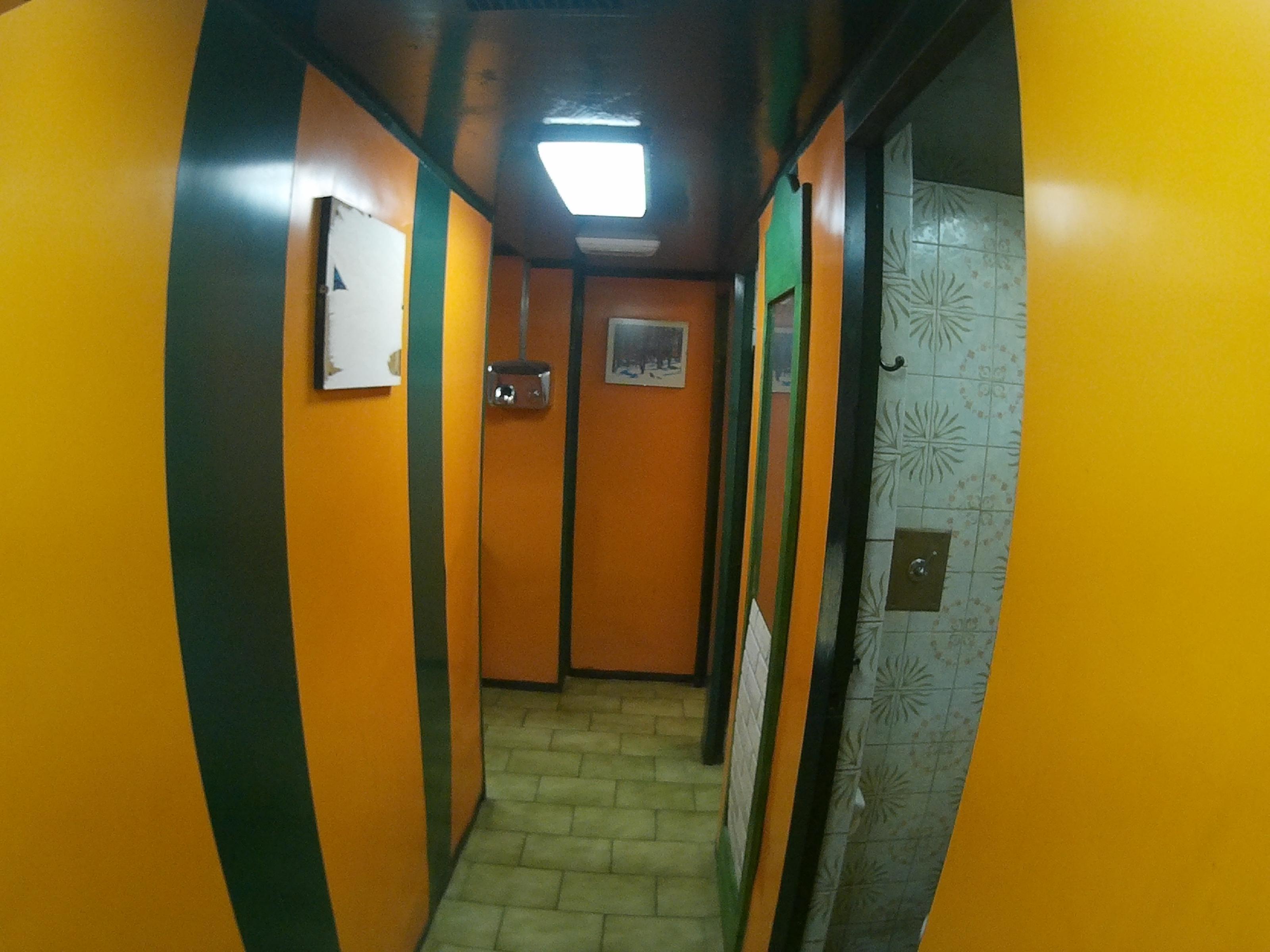 Imagen 4 Local Comercial en venta en Zaragoza / Luis del Valle zona universidad