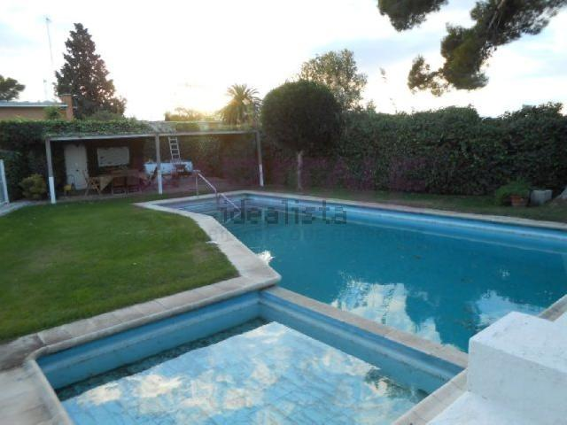 Imagen 1 Inmueble 208492 - Casa Aislada en venta en Zaragoza / Torres de San Lamberto