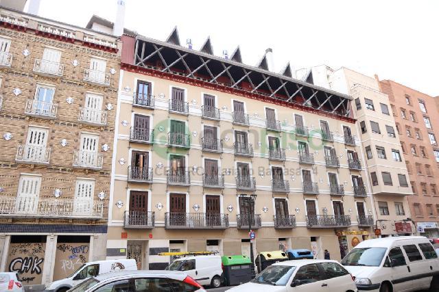 Imagen 1 Inmueble 235121 - Piso en venta en Zaragoza / Calle       coso