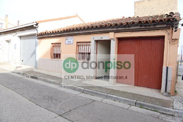 Imagen 1 Inmueble 236551 - Casa en venta en Zaragoza / Calle     Teide