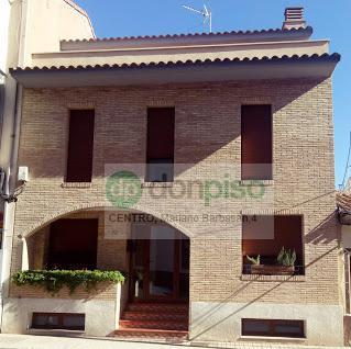 Imagen 1 Inmueble 242175 - Casa en venta en Zaragoza / Calle Paraiso ,Miralbueno